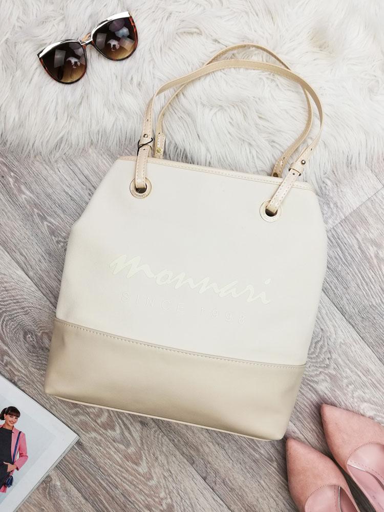 Béžová kabelka na rameno s logom Monnari MON-1900-015-beige empty f21dfec9ffb