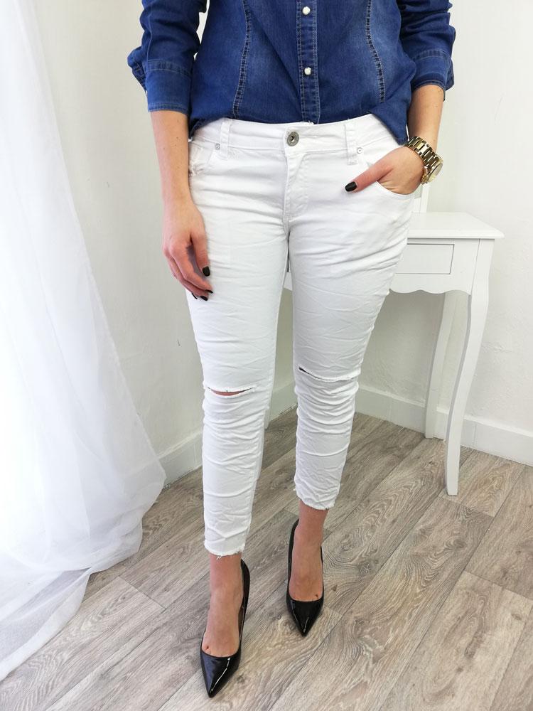 53a114699d26 Biele bavlnené nohavice s potrhanými kolenami NK-C850-white