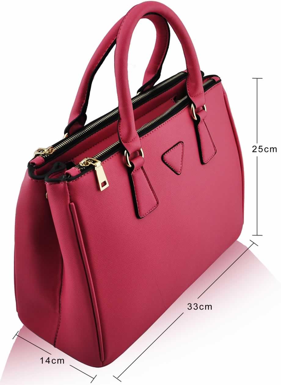 Luxusná kabelka dámska kožená aktovka, materiál povrchovej úpravy je štruktúrovaná eko koža, kabelka vynikajúcej...