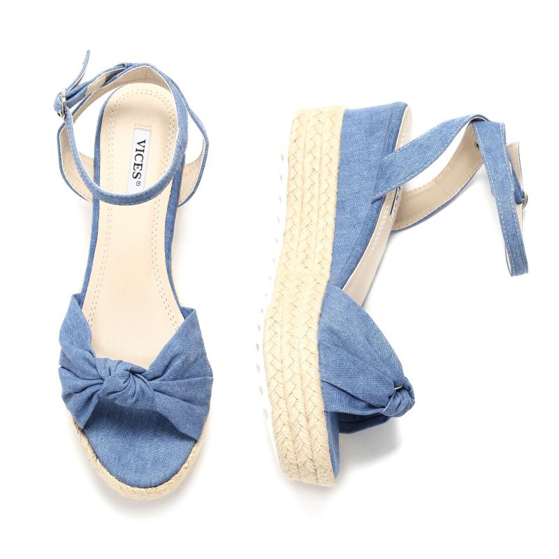 2d2b07cba8899 Dámske sandále na platforme VI-6092-blue empty