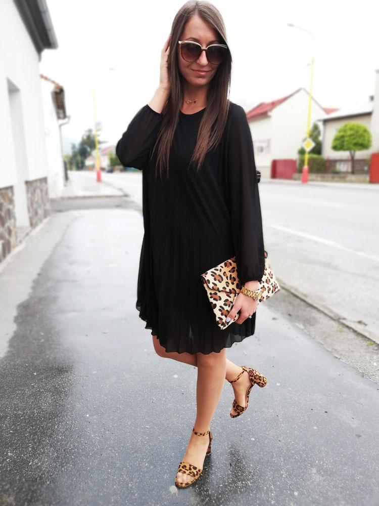 ec4738652411 Plisované dámske šaty NK-581010-black