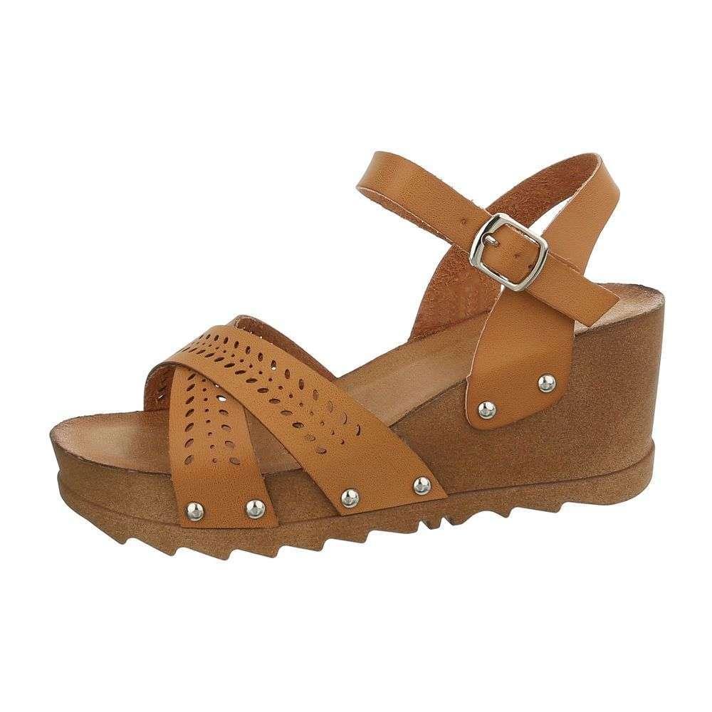 bba37159b6add Dámske sandále na platforme TOP-1023-3-camel