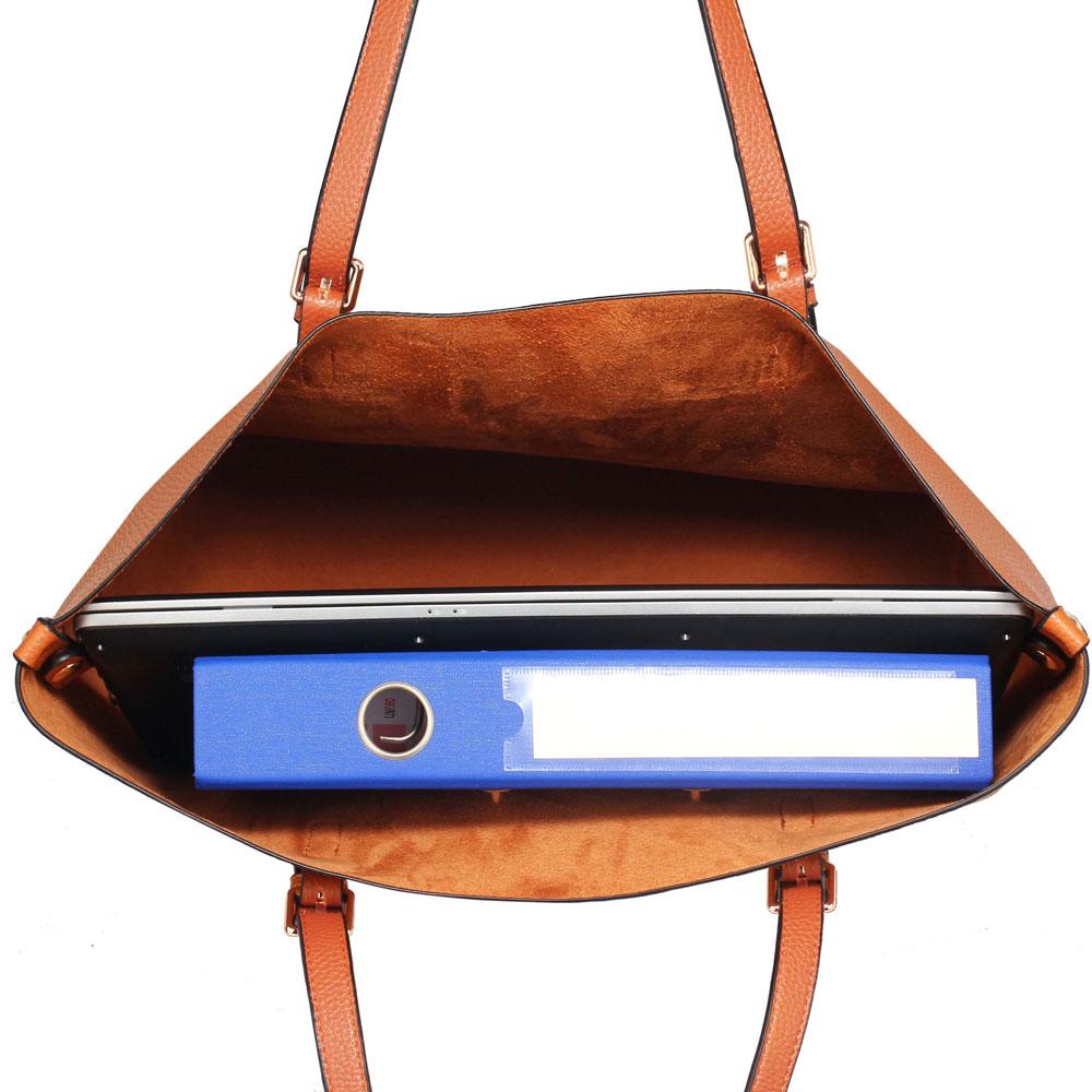 284dc68c1c60 Hnedá kabelka s kapsičkou DK00265-brown
