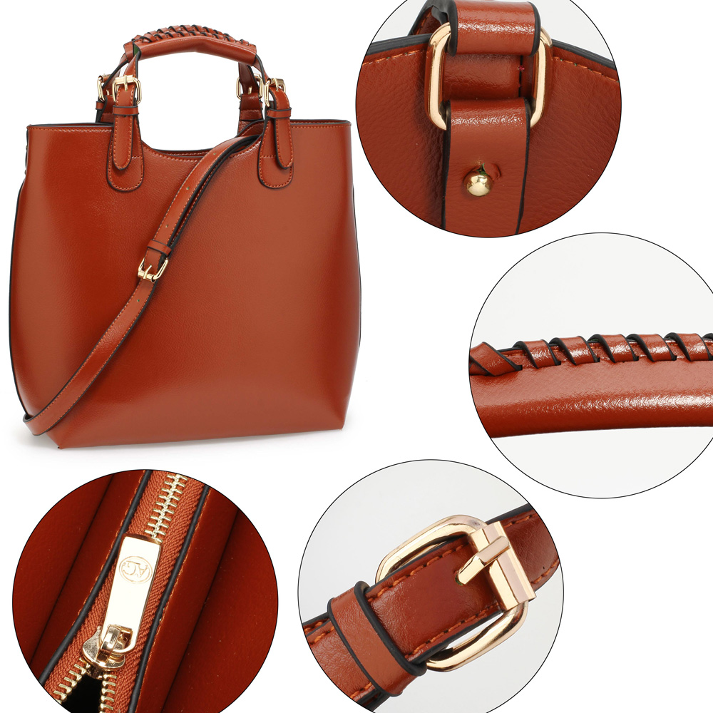 Kabelka do ruky AG00267-brown